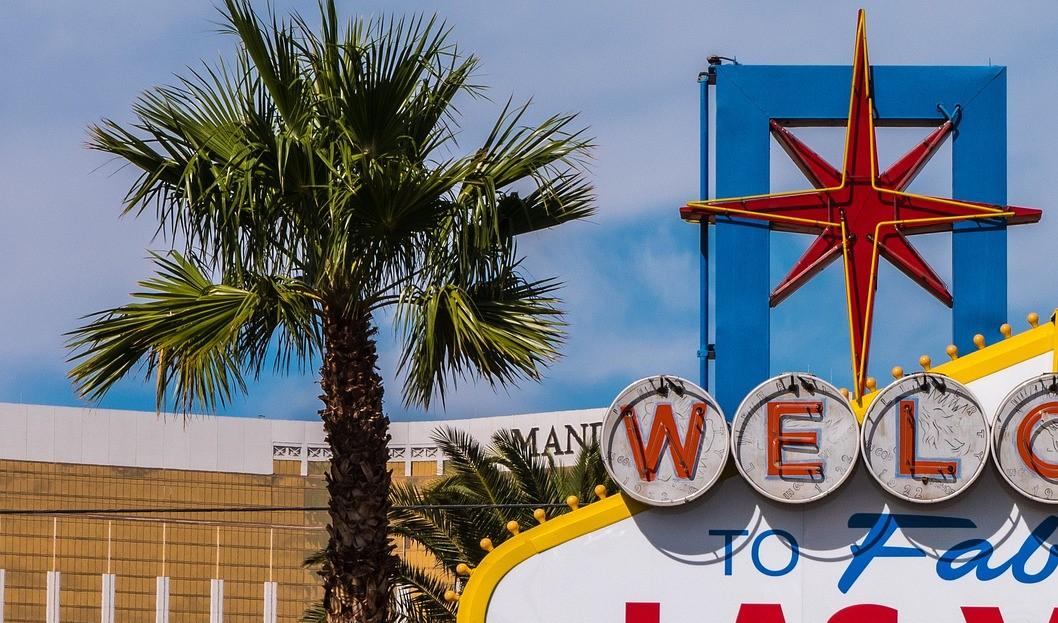 Sign Welcome to Las Vegas quarter